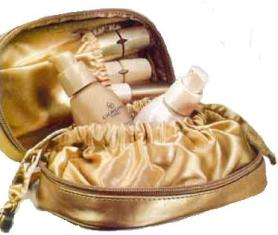 002ef3797b Zlatá kozmetická taštička Giordani Gold